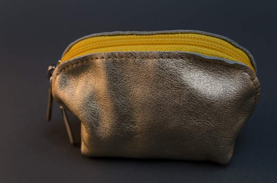 Aprótartó pénztárca