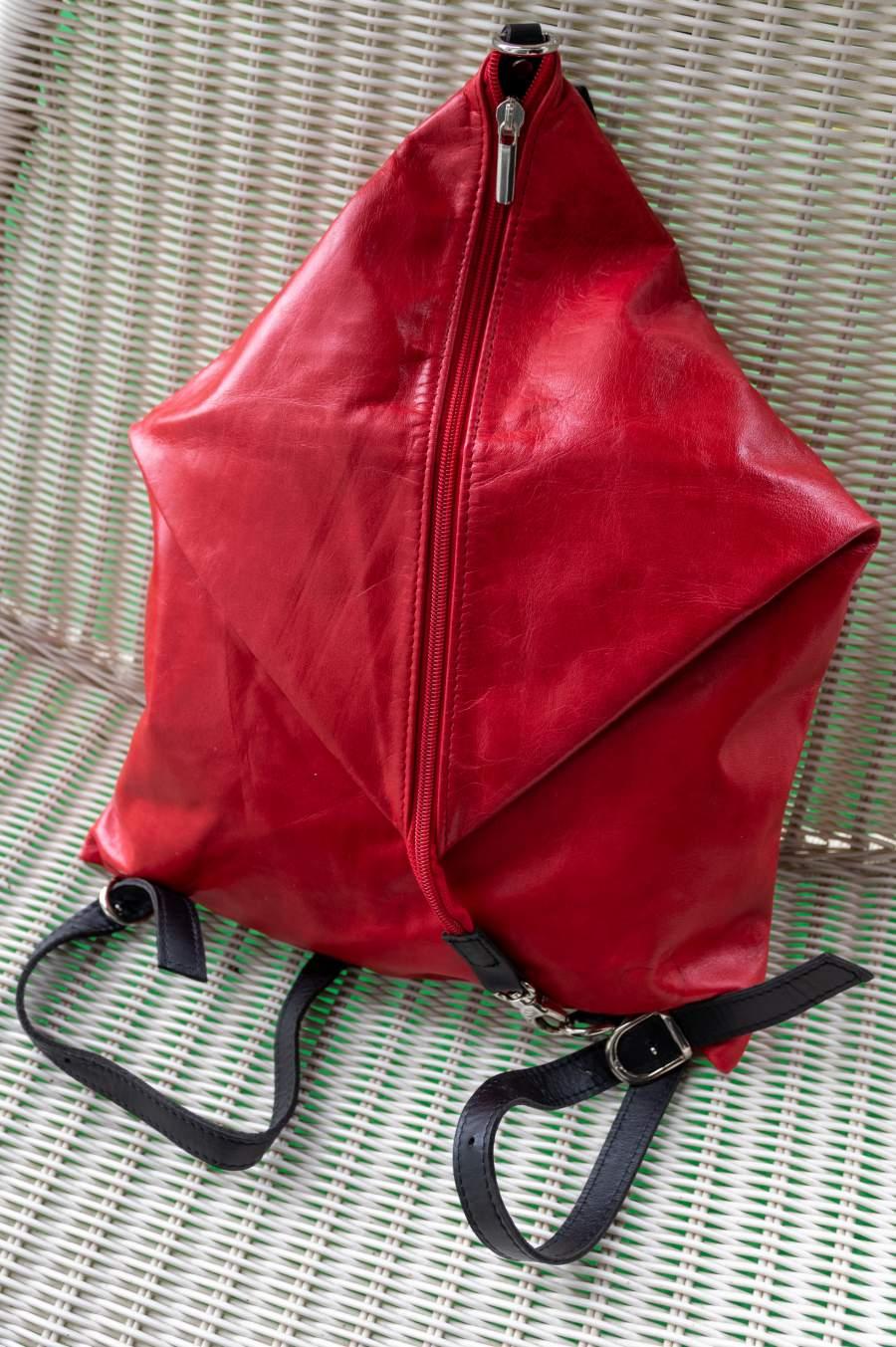 Variálható hátizsák