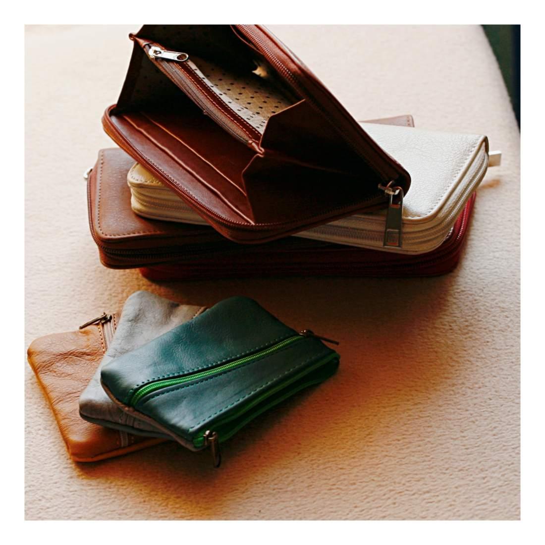 Merevített pénztárca - natúr árnyalatokban