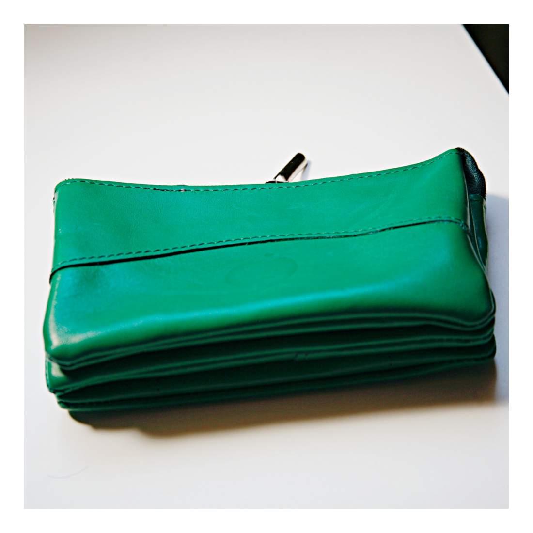 Bőr pénztárca zöld színben